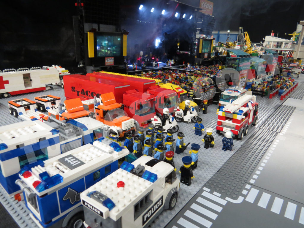 concert-stage-lego-foulego-2-22