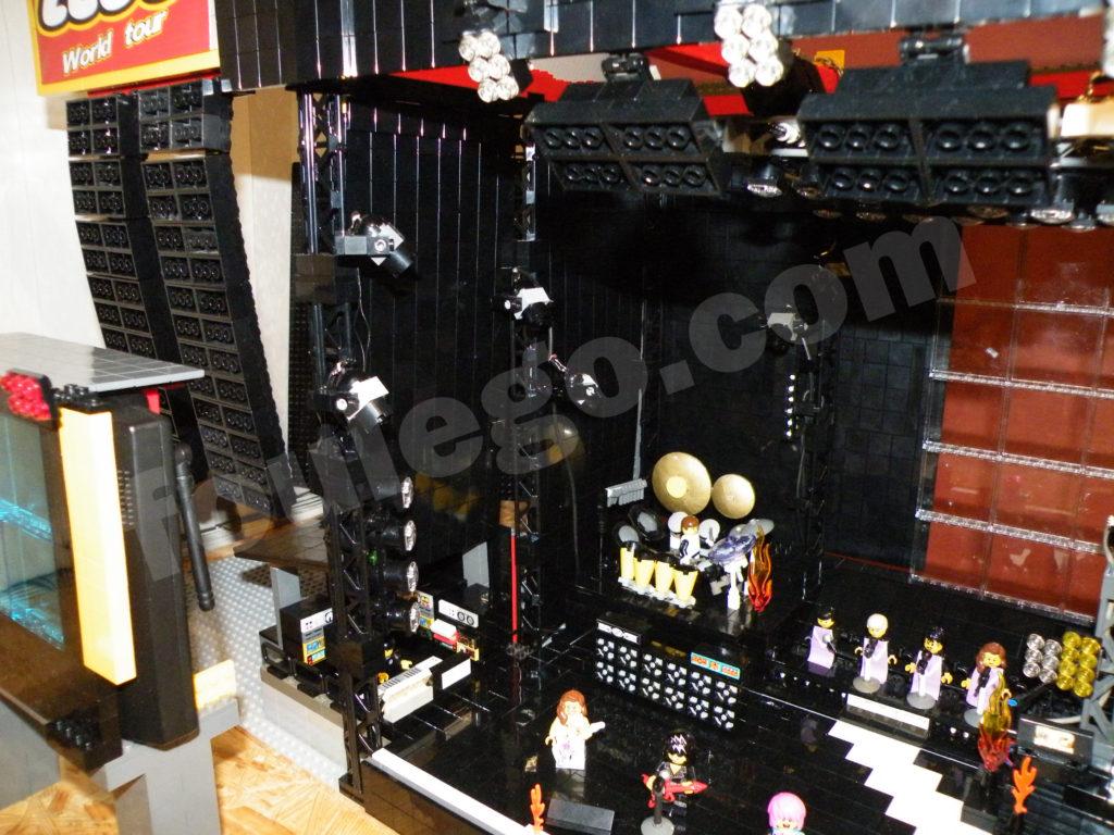 concert-stage-lego-foulego-2-25