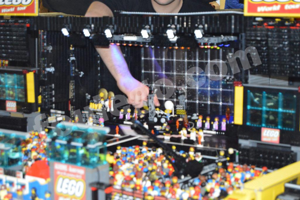 concert-stage-lego-foulego-2-5